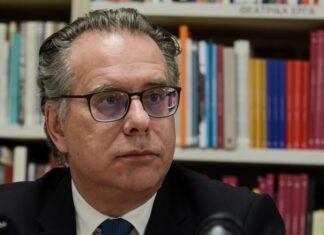 Κουμουτσάκος: Δεν επιβεβαιώνεται οργανωμένο σχέδιο κινητικότητας μεταναστών στον Έβρο