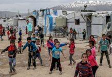 Κομισιόν: 585 εκατ. ευρώ σε χώρες που φιλοξενούν Σύρους πρόσφυγες
