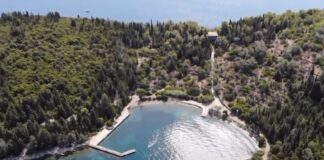 Σπάρτη Λευκάδας: Το (έτερο) νησί που ανήκε στον Ωνάση (vd)