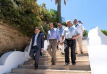 «Καλώς ήρθες Αλέξη Τσίπρα σε ένα νεκρό νησί δίχως τουρίστα» (pics)