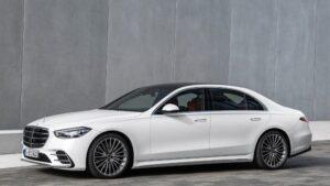 Η Daimler, προσαρμόζει την παραγωγή της στις απαιτήσεις της ηλεκτροκίνησης
