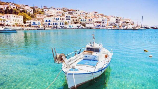 Κορυφαίο ελληνικό νησί, η Άνδρος σύμφωνα με τους «Sunday Times»