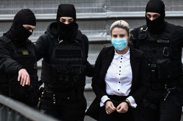 Δίκη για επίθεση με βιτριόλι - «Ζητώ ειλικρινά συγγνώμη από την Ιωάννα», είπε η Έφη Κακαράντζουλα